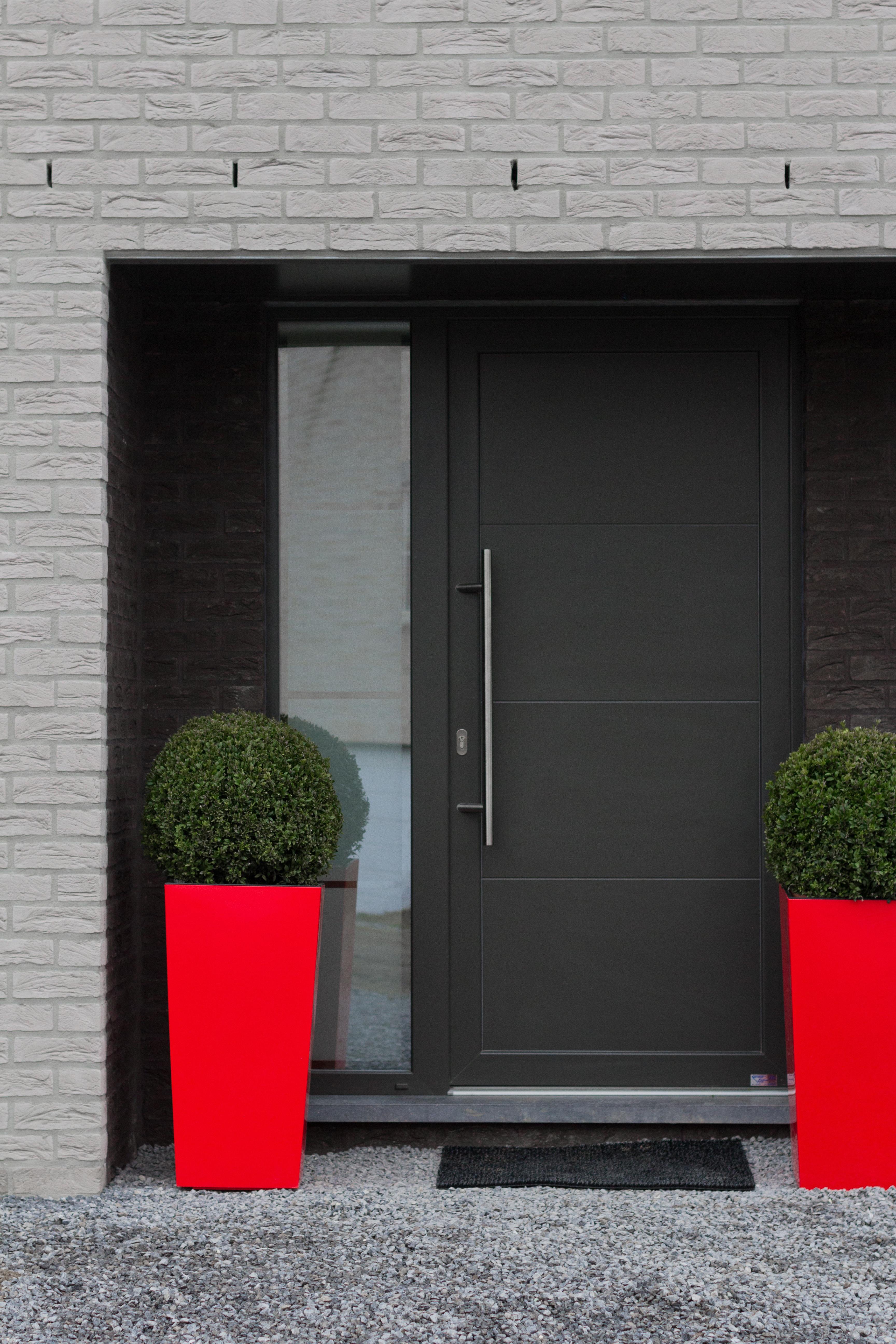 porte d'entrée maison contemporaine