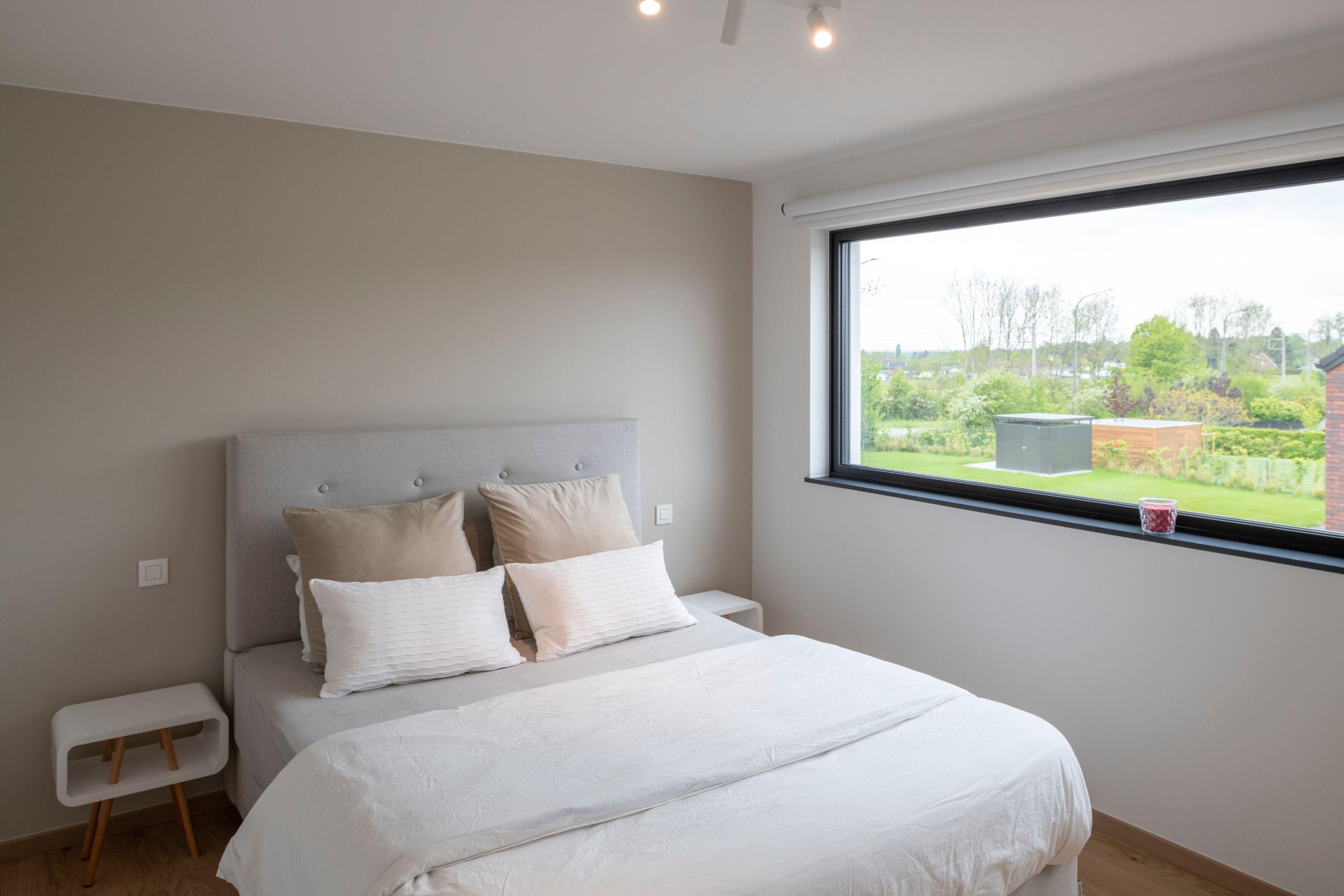 Chambre à coucher d\'une maison contemporaine - Delta ...