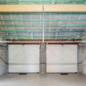 Garage dans une maison contemporaine à Héron