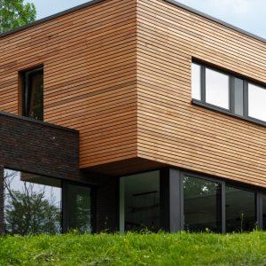 Construction contemporaine en bardage bois Beaufays
