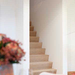 Escaliers d'une construction contemporaine Nandrin
