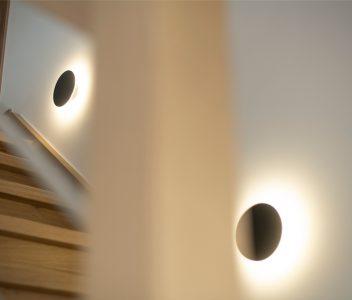 Eclairages dans une maison contemporaine à Héron