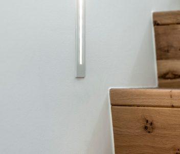 Eclairage en bordure d'escalier