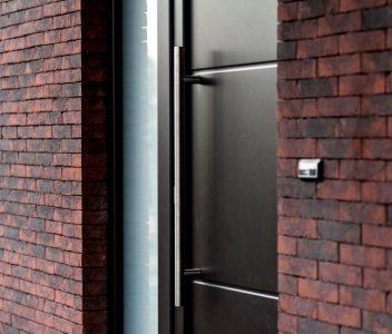 Porte extérieure à Nandrin