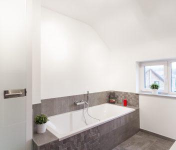 baignoire salle de bains à Sprimont