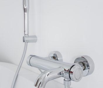 Robinetterie salle de bains à Crisnée