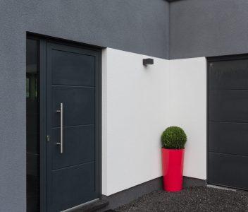 Porte d'entrée à Beaufays