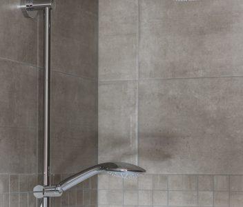 douche à Othée